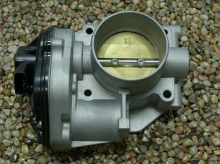 2005 2006 2007 Five Hundred 500 OEM Genuine Ford 3.0L Throttle Body w