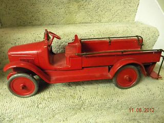 1920s buddy l. fire truck with original bell and rails