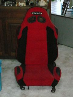 SPARCO RECARO MOMO STYLE RED AND BLACK RACE CAR SEAT ADJUSTABLE   USED