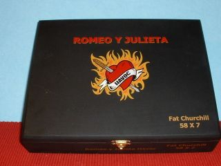 UNIQUE ROMEO & JULIETA HAVOC FAT CHURCHILL WOOD CIGAR BOX HONDURAS