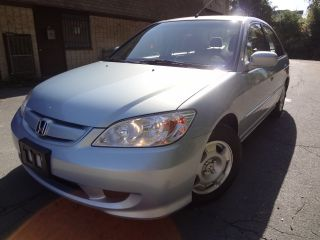 Honda  Civic MT PZEV HONDA CIVIC HYBRID GAS SAVER 5 SPEED MANUAL