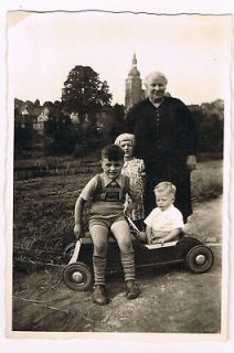 Grandma & 3 Grandkids Antique Pedal Car Germany Old Snapshot Photo