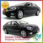 TOYOTA CROWN 1  18 Diecast Toy Car Sedan Collectible