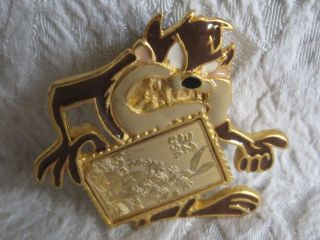 WB Tasmanian Devil TAZ Bugs Bunny Collector Stamp Pin
