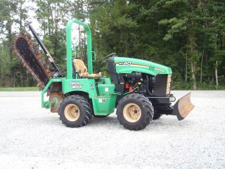 Construction Equipment Ditch Witch RT40 Trencher