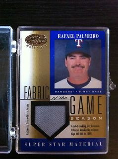 2001 Leaf Certified Materials Fabric of the Game Gold Rafael Palmeiro