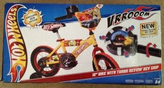 HOT WHEELS TURBO REVIN REV GRIP 12 INCH Bike BOYS BICYCLE BMX TRAINING