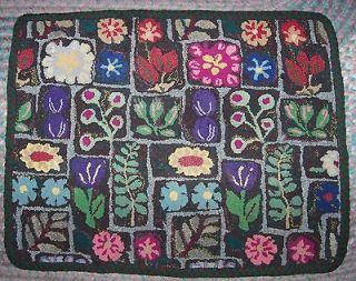Hand Handmade Wool Flower Garden Album Hooked Braided Rug 27X21