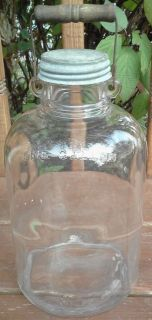 Vintage Wooden Bail Handle Gallon Glass JUG Jar Iced Sun Tea Old