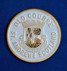 GOLF GIFT   ST ANDREWS OLD COURSE BALL MARKER   WHITE