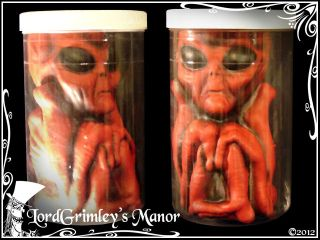 Alien in a Jar Halloween Prop Horror Area 51 Scientist Lab Specimen