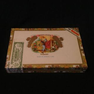 Romeo y Julieta Empty Wooden Cedar Cigar Box (10) Cuba   Includes Six
