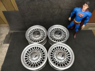 Lincoln Town Car wheels in Wheels
