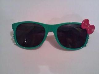 Hello Kitty Sunglasses Fashion Cosplay Costume in Green Kelly Green