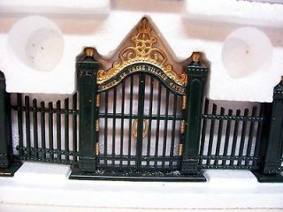 Department 56 Accessories Village Wrought Iron Gate & Fence W/Box
