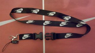 nike lanyards in Clothing, Shoes & Accessories