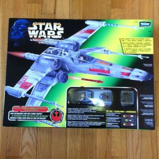POWER OF THE FORCE ELECTRONIC LUKE SKYWALKERS RED 5 X WING FIGHTER NIB
