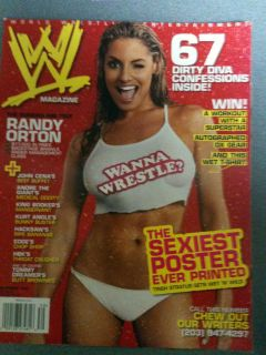 WWE female wrestling magazine/Diva TRISH STRATUS 9 06