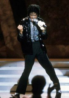 JACKSON BILLIE JEAN 25th YEAR MOTOWN SEQUIN JACKET & SHIRT & GLOVE