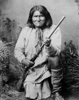 GREAT NATIVE AMERICAN INDIAN CHIEF GERONIMO PHOTO WESTERN PLAINS
