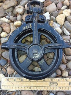 Antique Black Pulley Cast Iron old American picker