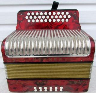 hohner accordion in Accordion & Concertina