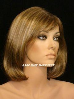 Light Brown/Light Blonde Mix Wig Wigs in Short ish Shoulder Length Bob