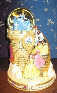 DISNEY PRINCESS STAIRCASE SNOWGLOBE   BRAND NEW
