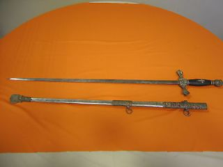 VINTAGE LODGE SWORD, KNIGHTS TEMPLAR COLUMBUS MC LILLEY CO W/SCABBARD