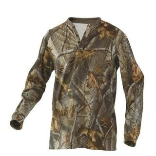 Stearns Mad Dog Dead Silent PLUS Henley Realtree Hardwood