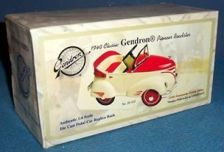1940 Gendron Pedal Car Roadster freight damage #1330/10,000 Ltd Ed