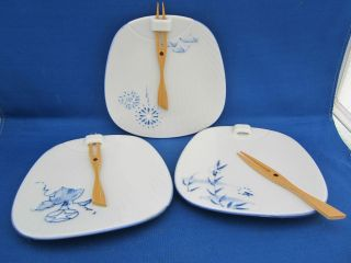 Lillian Vernon SUSHI PLATES Attached Wooden Fork Different Blue