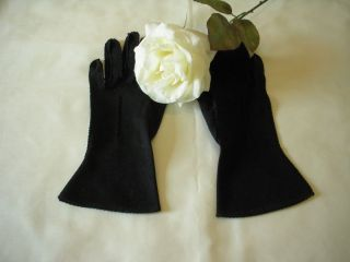 Vintage Black Ladies Gloves Size Medium