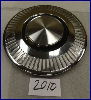 1963 1964 PLYMOUTH VALIANT HUBCAP HUB CAP W/O SPINNER NICE USED