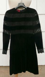 VALENTINO HAUTE COUTURE BLACK VELVET AND LACE EVENING DRESS, SZ. 40