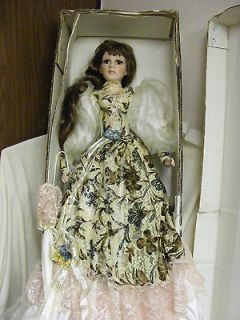 Lady constantine victorian porcelain doll by thelma resch for Duck house size