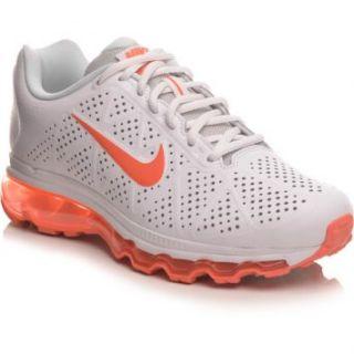 Com o Tênis Nike WMNS Air Max+ 2011 Lea, você terá muito conforto