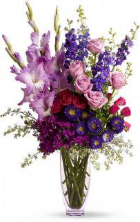 Con Mucho Amor de Teleflora Flores, Arreglo Floral Con Mucho Amor de