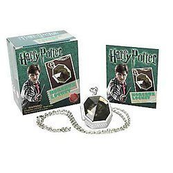 NEW Harry Potter Horcrux Locket and Sticker Book   Runn