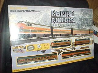 Bachmann Empire Builder Train Set HO scale w/locomotive F7 A & F7 B