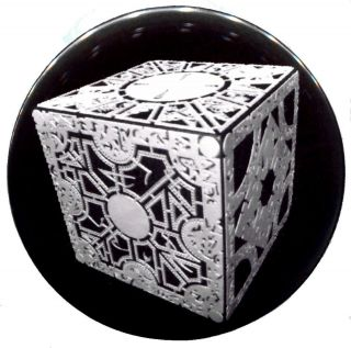 hellraiser puzzle box in Entertainment Memorabilia