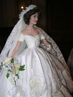 Franklin Mint Jacqueline Kennedy Porcelain Bride Doll Heirloom Wedding