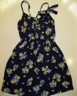 NWT Gilly Hicks Abercrombie Floral Summer/Spring Flirty Dress Navy