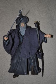 LORD RINGS LOTR GANDALF THE GREY TRILOGY W/ BLUE LIGHT UP STAFF 100%