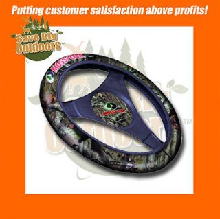 NEW Mossy Oak Camo Steering Wheel Cover   FREE Ship # 4531