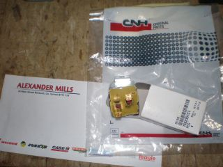 CASE GENUINE HEADLIGHT RELAY FOR MOST COMMON CASE TRACTORS DIRECT FROM