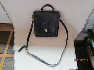 VINTAGE BLACK LEATHER COACH PURSE~ CROSS OVER BODY~AWESOME DEAL~ VIN