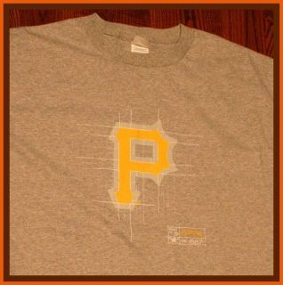 REDUCED $13 DELIVERED Pittsburgh Pirates MLB Baseball T Shirt S