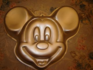 Wilton 1993 Disneys Full Face Mickey Mouse Head Cake Pan 2105 8310