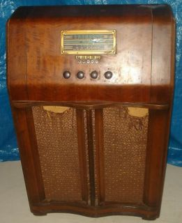 BH391 Vtg RCA Victor A 34 w Short Wave Console Radio Tube Floor Model